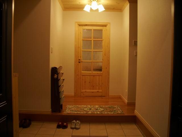 スウェーデンホーム 玄関内部